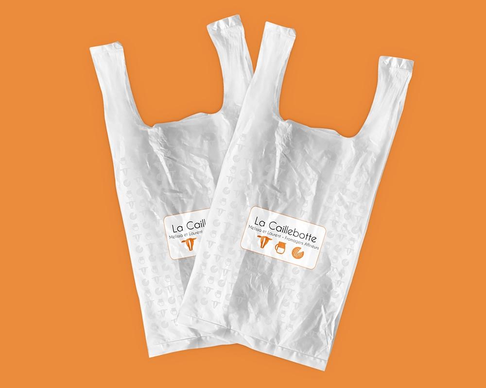 Un sac de plastique pour la Fromagerie Caillebotte