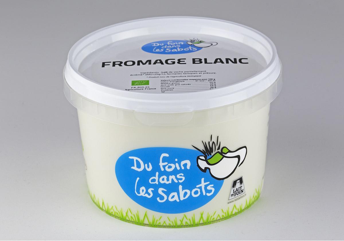 Marquage de pot de fromage blanc bio
